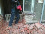 демонтаж кирпичных стен, перегородок